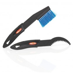 XLC cleaning tool for cassette with brush